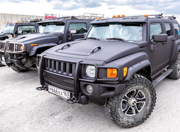 GM reportedly plans to bring back the Hummer as an electric pickup
