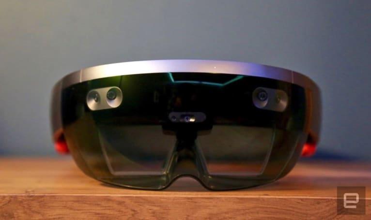 微软的 HoloLens 2 下月到来?