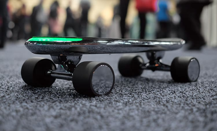 Walnut wants to make shared electric skateboards happen