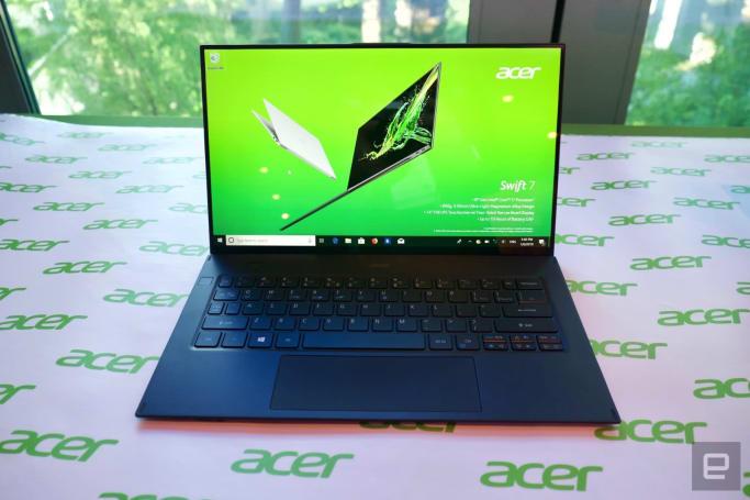 小巧到不可思議的 Acer Swift 7 動手玩