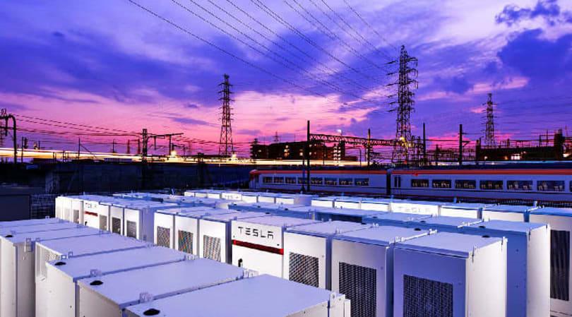 特斯拉在大阪站旁安装的 Powerpack 是「亚洲最大」的电能储存系统