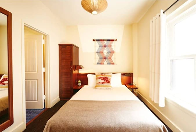 Airbnb is buying last-minute hotel app HotelTonight