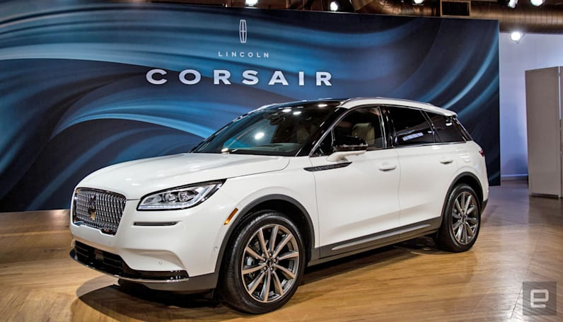 Lincoln Corsair squeezes Navigator features into a smaller SUV