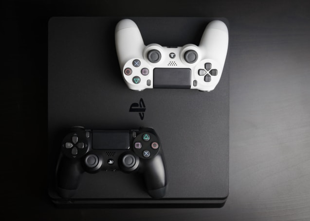 PlayStation 4 sales finally slow down (updated)