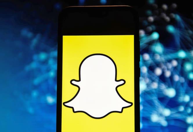 AR porn lenses live on in Snapchat despite ban