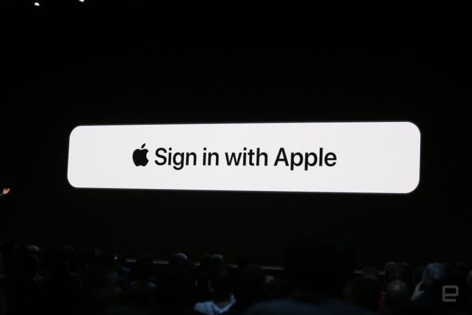 「Sign in with Apple」是平衡個人化設定和保護隱私的快速登入選項