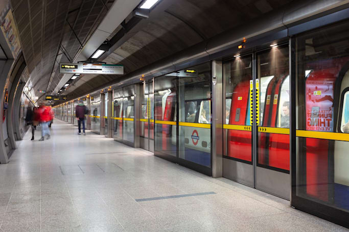 London's Tube will finally offer 4G coverage next year