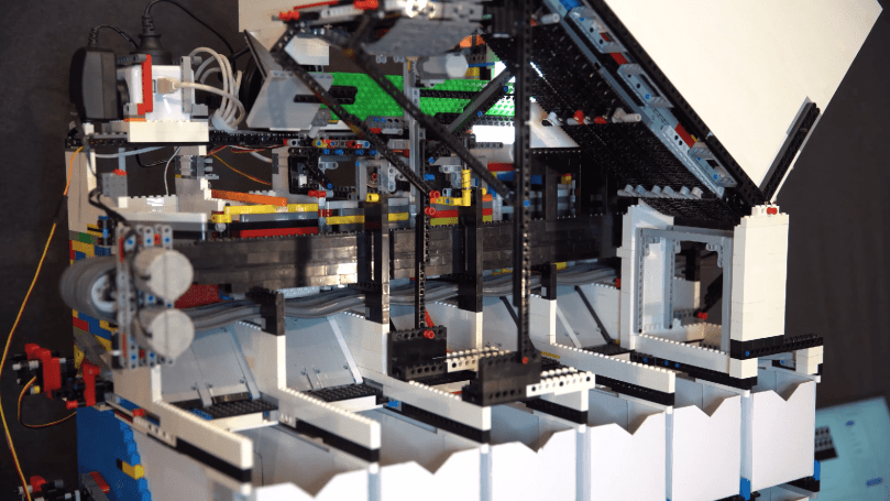 AI-powered Lego sorter knows the shape of every brick