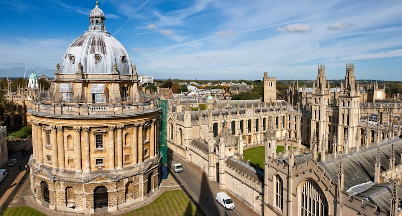 Oxford University will offer free online courses in 2017