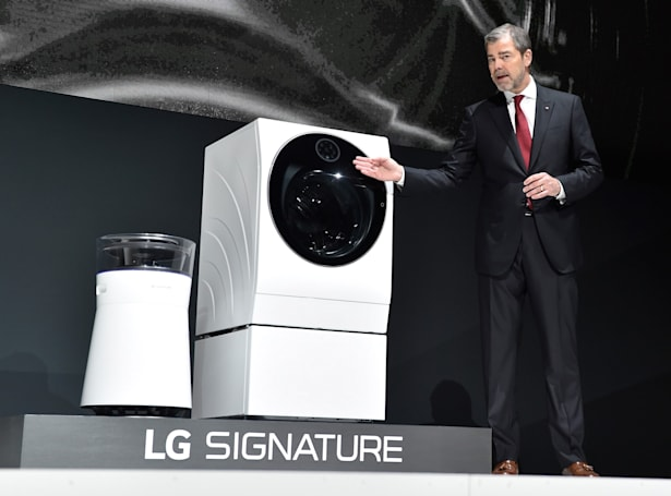 Google Assistant helps with chores on LG appliances