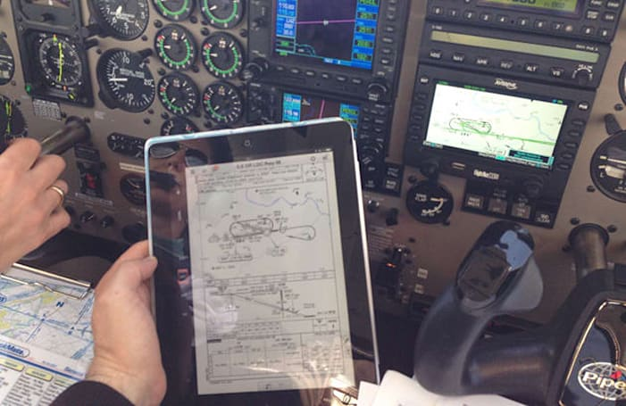 An iPad app can land your plane if the engine quits