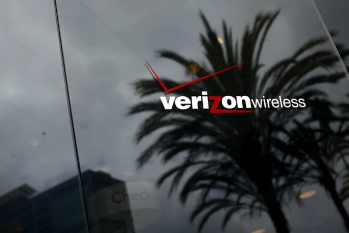 Verizon becomes first US carrier to offer roaming in Cuba