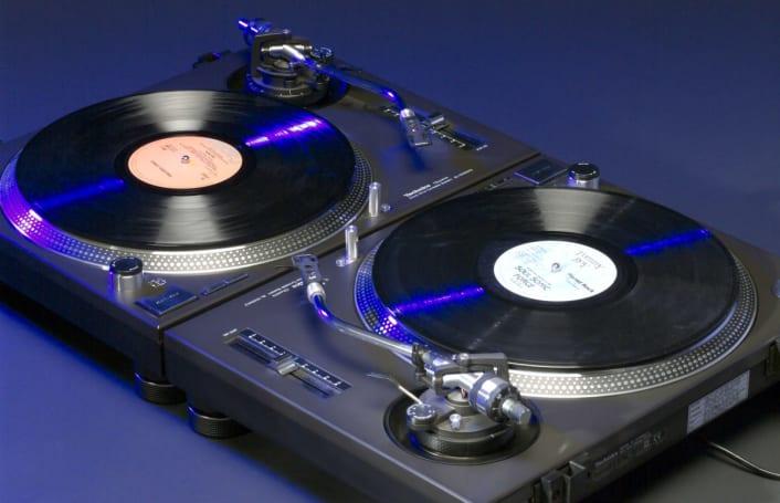 Panasonic is reviving Technics' legendary DJ turntables