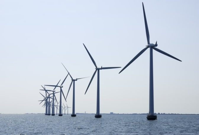 GE helps old wind turbines increase power production by lengthening their rotor blades