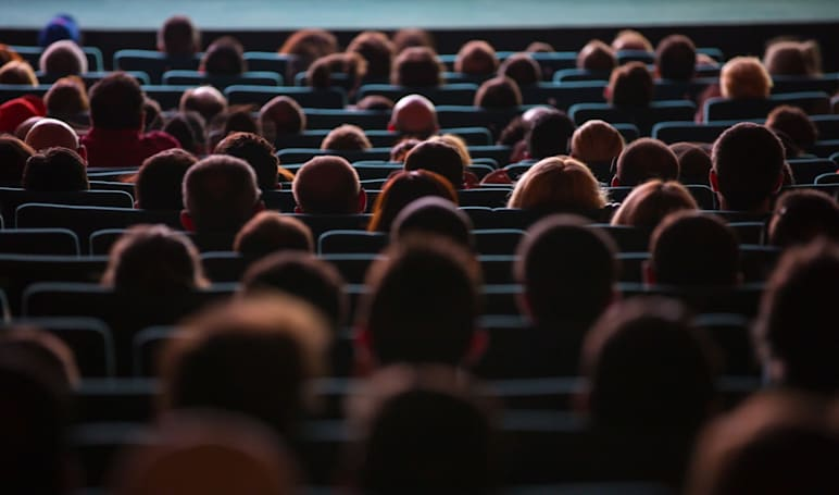 Mylingo offers real-time Spanish translation in movie theaters