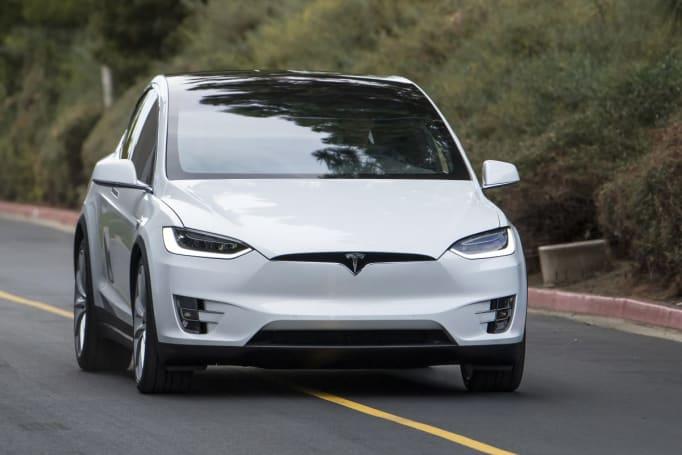 Tesla Model Y hinted at in deleted Elon Musk Tweet