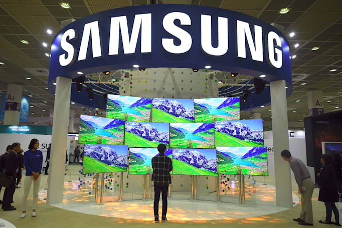 Samsung considers steps to keep its ruling family in power