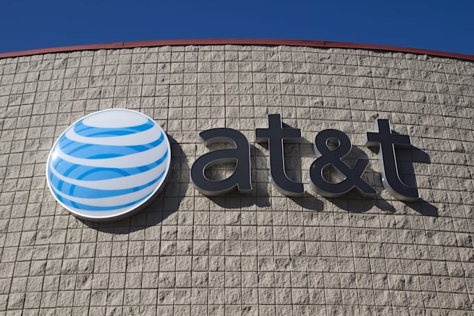 AT&T is giving free HBO to some unlimited wireless customers