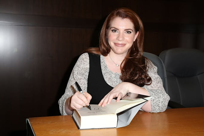 'Twilight' author Stephenie Meyer is making a show for Hulu