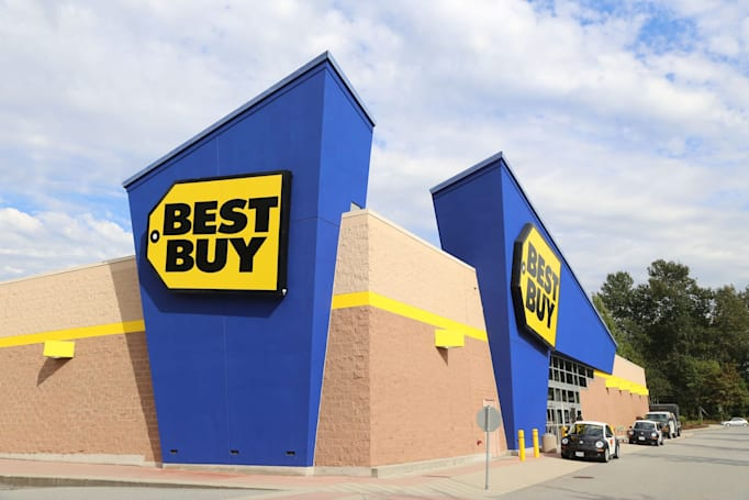 Best Buy will let you rent gadgets before you purchase them