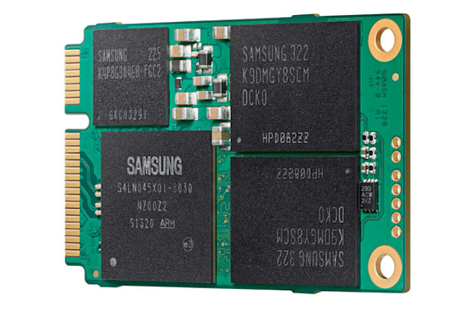 Samsung shrinks its 1TB EVO SSD, claims industry first