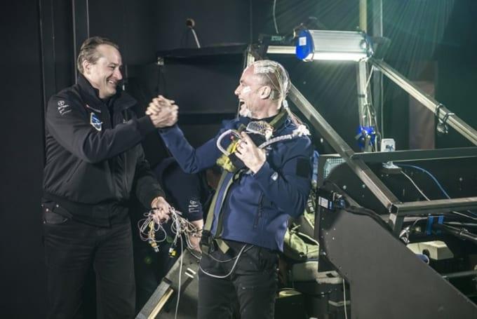 Solar Impulse 机师 Bertrand Piccard 完成 72 小时模拟器飞行挑战