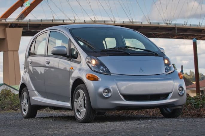 Mitsubishi cuts price of i-MiEV electric car by $5,000