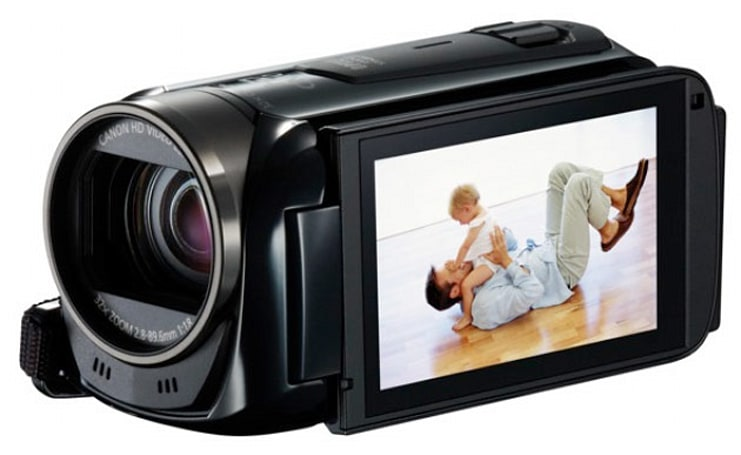 Canon's targeting new parents with VIXIA R52, R50, R500 camcorders