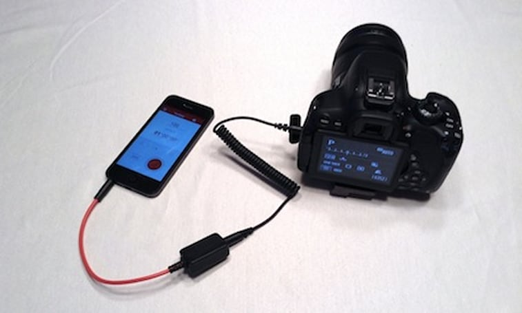 Take control of your DSLR with the Triggertrap Mobile Dongle and app