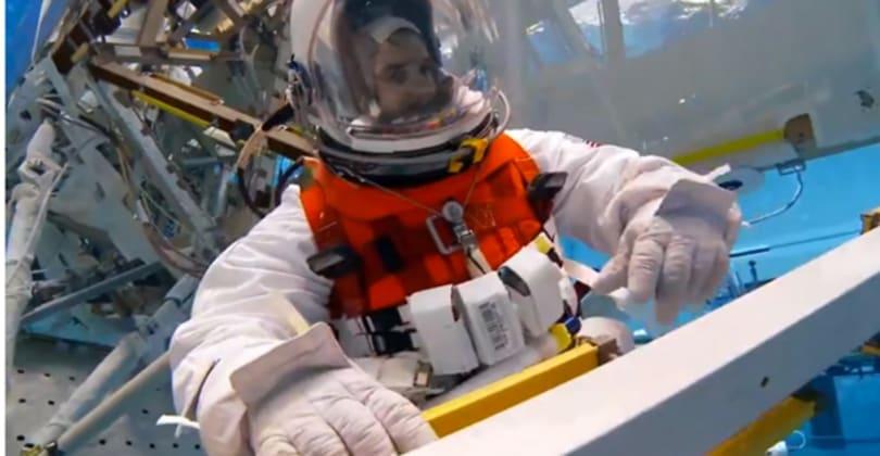 NASA underwater testing slimmer suits for spacewalking on asteroids (video)