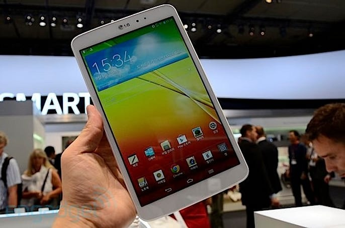 LG G Tablet 8.3 开放预购,首发价 1,999 元