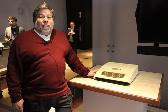 电脑历史博物馆公开 Apple II 的 DOS 源代码,有 35 年历史呢