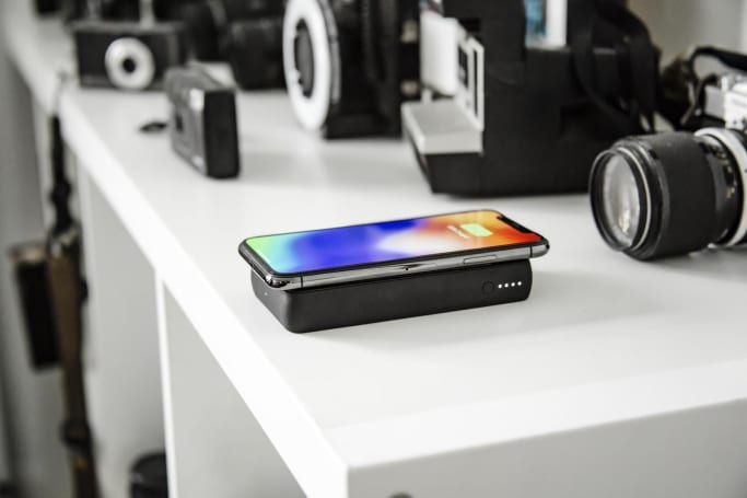 Mophie's new battery packs can charge phones wirelessly