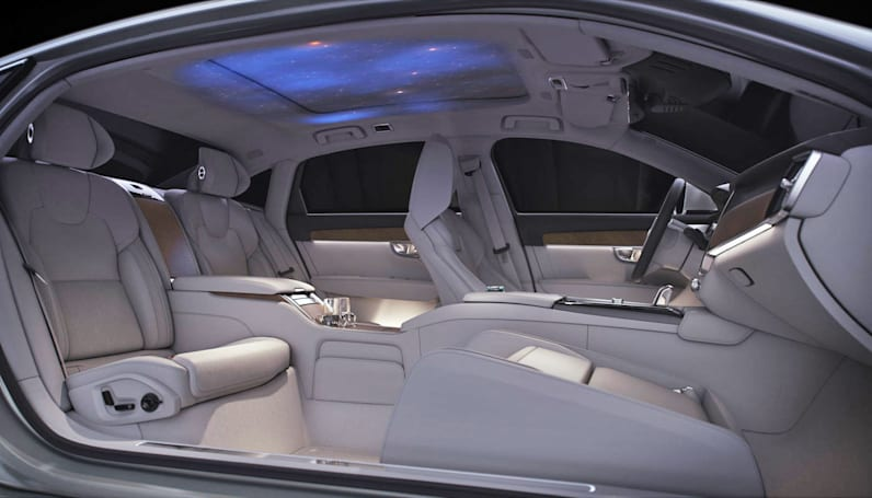 Volvo's S90 Ambience Concept is a planetarium for passengers