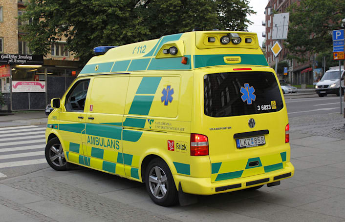 Swedish Ambulances can hijack your in-car tunes during emergencies