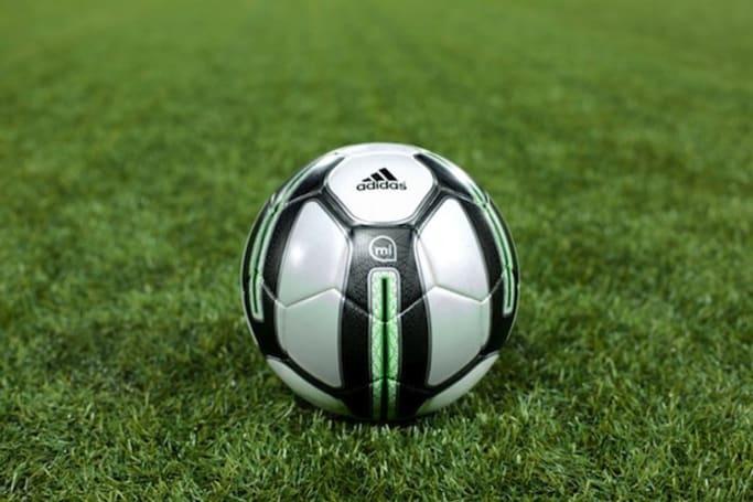 成为你的训练夥伴,Adidas 正式发表 miCoach smart ball 智慧足球