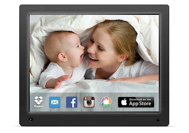 Engadget giveaway: win a Cloud Frame and 1TB of storage courtesy of nixplay!