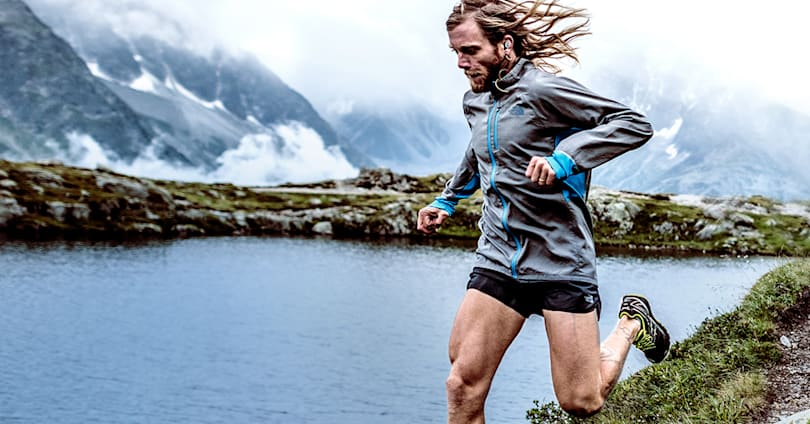 Jaybird's Run earbuds go fully wire-free