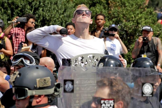 EFF warns blocking neo-Nazi sites may threaten free speech