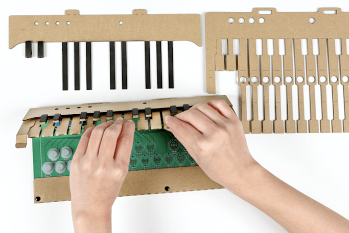 This DIY cardboard piano syncs with your favorite MIDI music apps