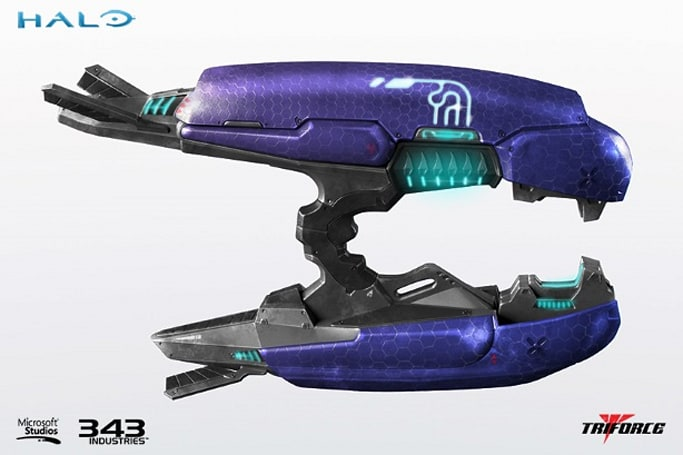 Halo Plasma Rifle replicas enter Earth's atmosphere in Q3 2015
