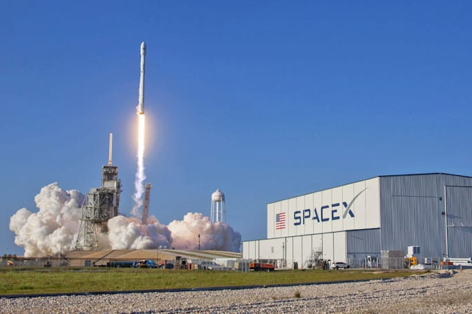 SpaceX is saving a ton of money by re-using Falcon 9 rockets