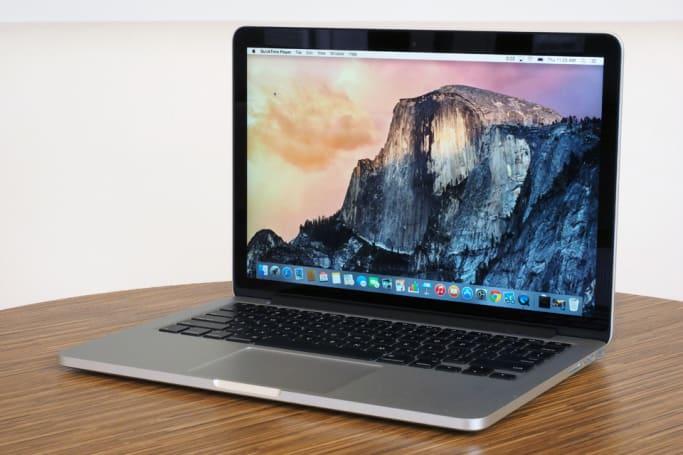 据传新款 MacBook Pro 会配备 OLED 触控条