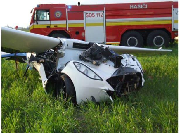 AeroMobil's flying car prototype crashes mid-test