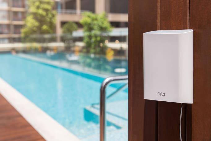 Netgear's Orbi Satellite takes mesh WiFi networks outdoors