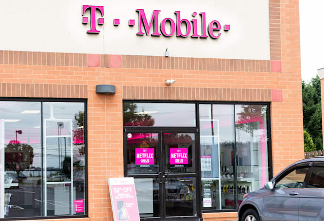 T-Mobile aims to lower broadband prices with its 5G service