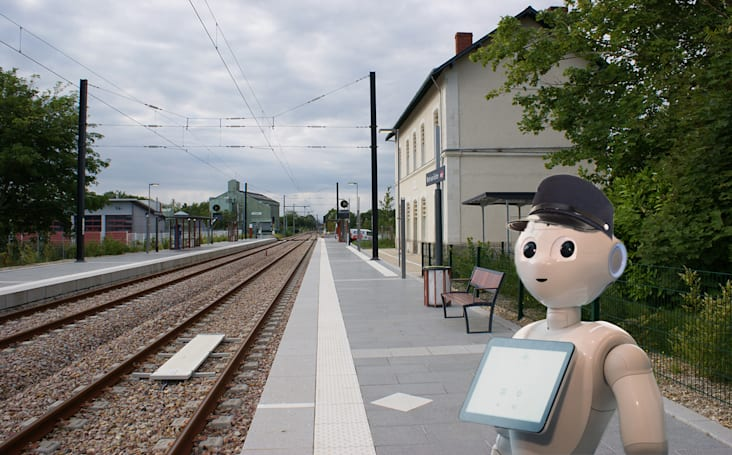 Pepper the robot's latest job is in a train station