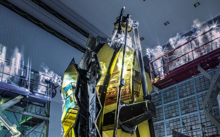 Lights out on a ghostly James Webb Space Telescope inspection