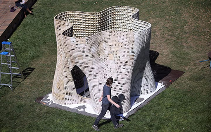 UC Berkeley 3D prints an artsy pavilion using dry powdered cement