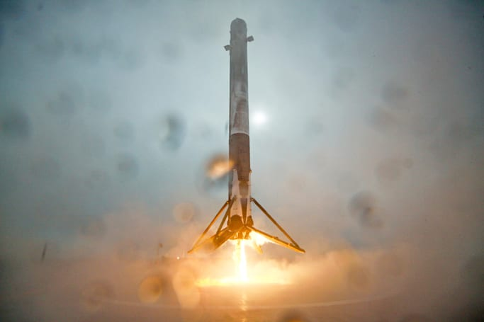 SpaceX will try another sea landing tonight (update: scrubbed)